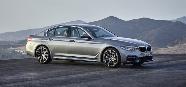 autelvn-chao-don-bmw-5-series-the-he-moi-2017-2