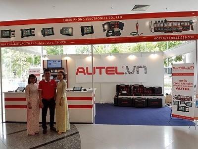 Mừng thành công của Autel trong ngày đầu tại triển lãm ô tô SECC quận 7
