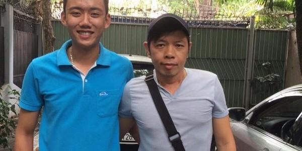 Cài chìa khoá xe Camry của diễn viên Thái Hoà
