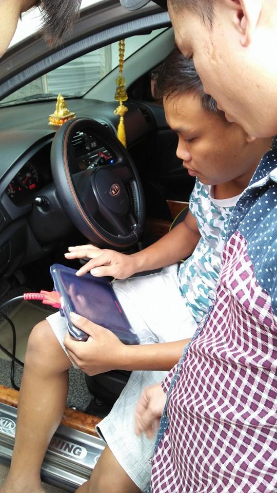 Bàn giao máy chẩn đoán lỗi o tô Autel MaxiSys MS906 cho Garage anh Trung ở Hà Tĩnh