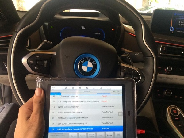 test-xe-bmw-i8-bang-autel-maxisys-mini-ms905-2
