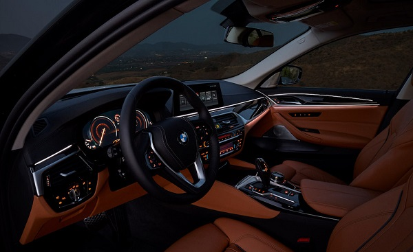 autelvn-chao-don-bmw-5-series-the-he-moi-2017-15
