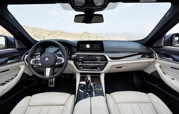 autelvn-chao-don-bmw-5-series-the-he-moi-2017-9