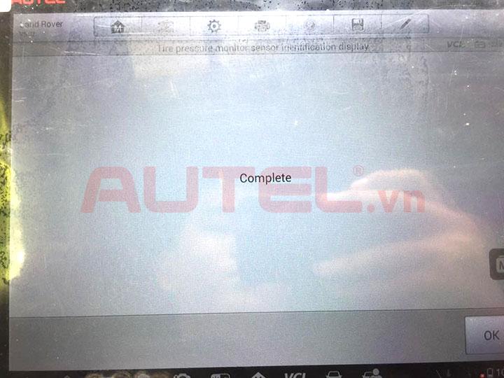Cài đặt cảm biến áp suất lốp Range Rover Evoque 2013