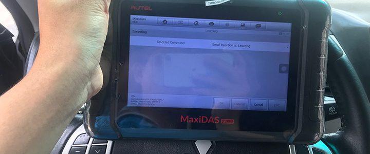 Autel DS808 học lại kim phun máy dầu xe Mitsubishi Pajero Sport
